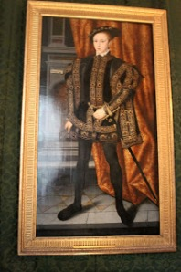 King Edward VI painted in a pose similar to the ones his dad made